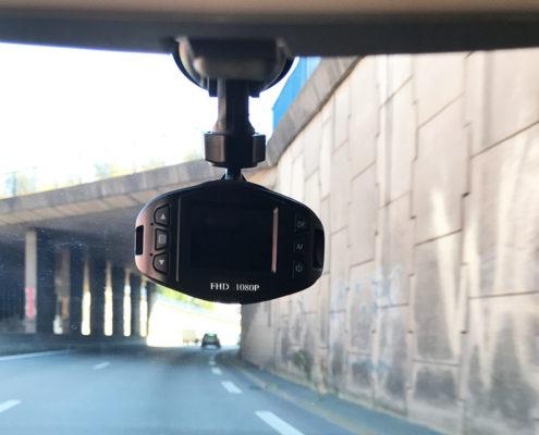 """Mobilicam - mise en situation de la camera """"Bubble"""" - angle de vue 120° - qualite d'image 1080p - discrète et efficace"""