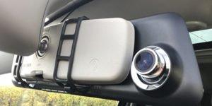 installation-dashcam-retroviseur-interieur-voiture-mobilicam